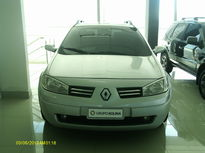Renault Megane Grand Tour Mégane Grand Tour Dynamique 1.6 16V (flex) 2011}