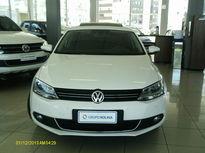 Volkswagen Jetta Highline 2.0 TSI (Aut) 2012}