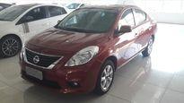 Nissan Versa 1.6 16V SL 2012}