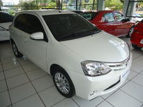 Toyota Etios Hatch XLS 1.5L Flex 2015}