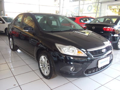 Ford Focus Sedan 2.0 16V 2011}