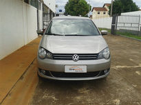 Volkswagen Polo . Comfortline 1.6 8V (Flex) 2014}