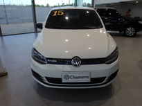 Volkswagen Fox 1.0 MI Bluemotion 8V 2015}