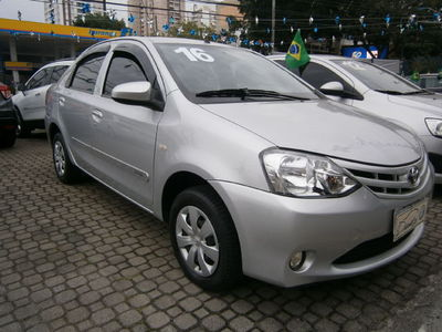 Toyota Etios Sedan X 1.5 Flex 2016}