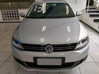 Volkswagen Jetta Highline 2.0 TSI DSG 2013}