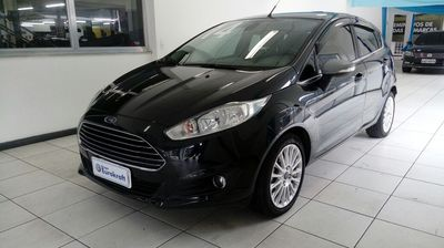 Ford New Fiesta Hatch 1.6 Titanium PowerShift 2014}