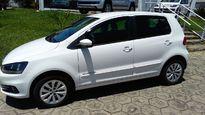 Volkswagen Fox Comfortline 1.0 (Flex) 2015}