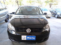 Volkswagen Polo Sedan 1.6 8V I-Motion (Flex) (Aut) 2014}