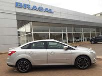 Ford Focus Sedan 2.0 Titanium 2014}