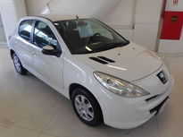 Peugeot 207 Hatch XR 1.4 8V (flex) 4p 2014}