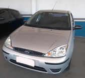 Ford Focus Sedan GLX 2.0 16V (Aut) 2004}