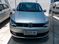 Volkswagen Fox 1.0 8V (Flex) 4p 2013}