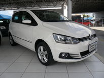 Volkswagen Fox Highline 1.6 I-Motion 2015}