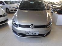 Volkswagen Fox 1.0 Mi 8V Total Flex 4p 2015}