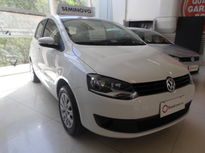 Volkswagen Fox 1.6 8V (Flex) 2013}