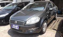 Fiat Linea 1.8 16V Essence 2013}