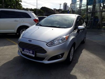 Ford New Fiesta Sedan SE 1.6 2014}