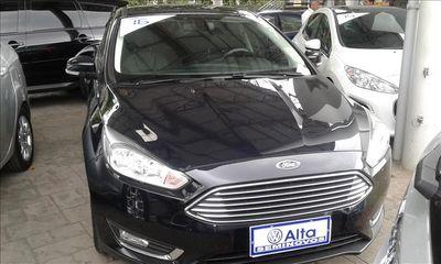 Ford Focus Hatch Titanium 2.0 16V (Aut) 2016}