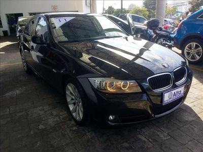 BMW 320i 2.0 16V 2011}