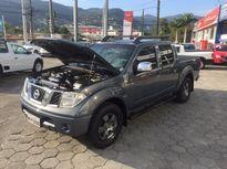 Nissan Frontier LE 4x4 2.5 16V (cab. dupla) (aut) 2010}