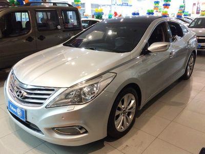 Hyundai Azera GLS 3.0L V6 (Aut) 2013}