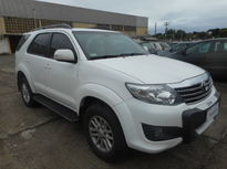 Toyota Hilux Cabine Dupla SR A/T 2.7L 4x2 Flex 2014}