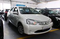 Toyota Etios Sedan X 1.5L (Flex) 2017}