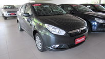 Fiat Siena ATTRACTIVE 1.4 8V (Flex) 2013}