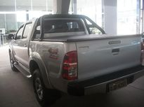Toyota Hilux Cabine Dupla SR A/T 3.0 4x4 2013}
