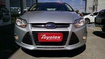 Ford Focus Hatch SE 2.0 16V PowerShift (Aut) 2015}