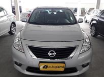 Nissan Versa 1.6 SL Flex 2014}