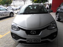 Toyota Etios Sedan Platinum 1.5L Flex 2017}