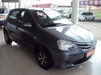 Toyota Etios Hatch Etios XS 1.3 (Flex) 2013}
