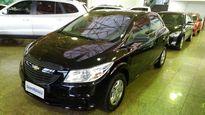 Chevrolet Onix LS 1.0 MPFI 8V 4p Mec. 2015}