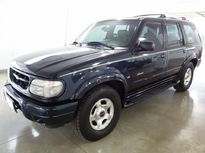 Ford Explorer Limited 4x4 5.0 V8 2001}