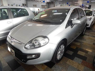 Fiat Punto Attractive 1.4 (Flex) 2013}