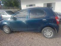 Toyota Etios Hatch X 1.3L Flex 2016}