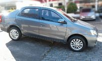 Toyota Etios Hatch XLS 1.5L (Flex) 2016}