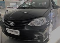 Toyota Etios Sedan XS 1.5L (Flex) (Aut) 2017}