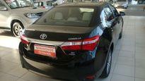 Toyota Corolla Sedan Altis 2.0 16V (flex) (aut) 2015}