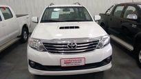 Toyota SW4 SRV 3.0 4x4 5 Lugares 2013}