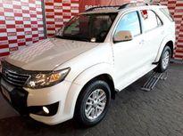 Toyota SW4 SR 2.7 4x2 5 Lugares Aut 2014}