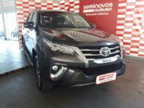 Toyota SW4 SRX 2.8L 4x4 Diesel 2017}