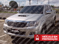 Toyota Hilux Cabine Dupla SRV A/T 4x4 Diesel 2014}