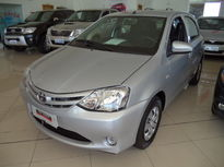Toyota Etios Hatch X 1.3L (Flex) 2016}