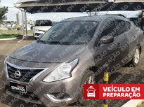 Nissan Versa 1.6 16V SL 2016}