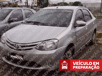 Toyota Etios Sedan XLS 1.5L (Flex) 2013}