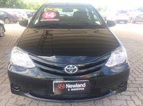 Toyota Etios Hatch XS 1.5L (Flex) 2014}