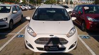 Ford Fiesta 1.6 SE PowerShift 2014}