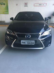 Lexus CT 200h 1.8 (Aut) 2015}
